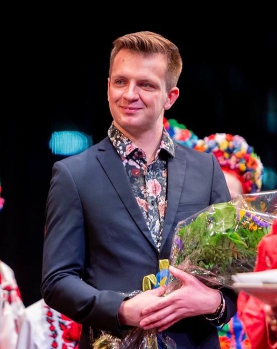 Artistic Director - Patryk Jabtonski